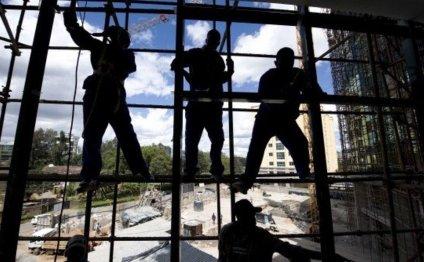 Kenya s economy grows by 25%